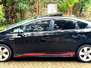 toyota-prius-2013-cars-for-sale-in-hambantota