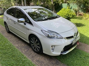 toyota-prius-2014-cars-for-sale-in-puttalam
