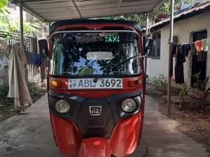 bajaj-tuk-2017-three-wheelers-for-sale-in-gampaha