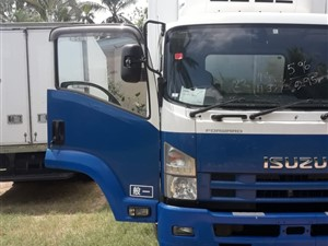isuzu-2012---elf-freezer-forward-manual-2012-trucks-for-sale-in-gampaha