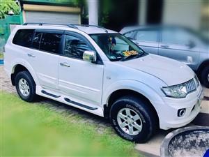 mitsubishi-montero-sports-2011-jeeps-for-sale-in-colombo