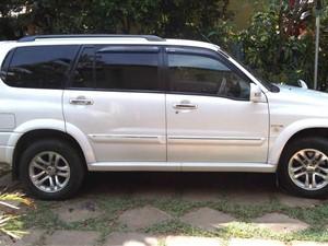 suzuki-grand-escudo-2005-jeeps-for-sale-in-colombo