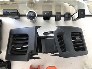 toyota-toyota-prius-zvw30-2015-spare-parts-for-sale-in-gampaha
