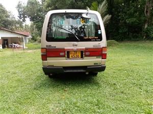 nissan-caravan-2000-vans-for-sale-in-gampaha