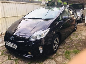 toyota-prius-s-touring-2012-cars-for-sale-in-gampaha