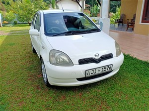 toyota-vitz-2001-cars-for-sale-in-kegalle