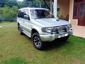 mitsubishi-pajero-1996-jeeps-for-sale-in-kegalle