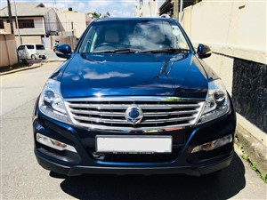 ssangyong-rexton-w-power-up-2015-jeeps-for-sale-in-colombo
