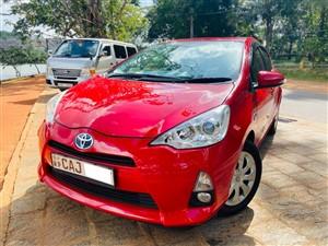 toyota-aqua-g-grade-(highest-grade)-2014-cars-for-sale-in-kurunegala