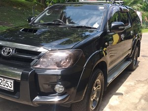 toyota-toyota-hilux-hl-3-4x4-wheel-2007-pickups-for-sale-in-colombo
