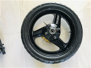 other-140/70/17-.-150/80r18-dunlop-cruiser-tires.-2015-spare-parts-for-sale-in-gampaha