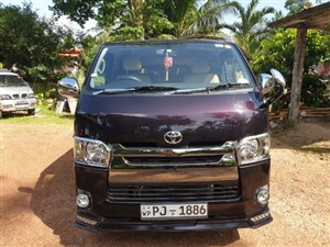 toyota-kdh201-super-gl-2017-vans-for-sale-in-colombo
