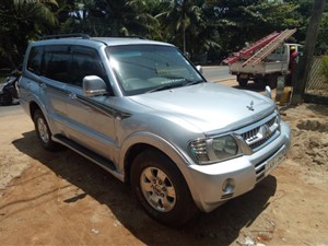 mitsubishi-montero-v6-2003-jeeps-for-sale-in-puttalam