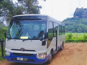 toyota-coaster-2017-buses-for-sale-in-colombo