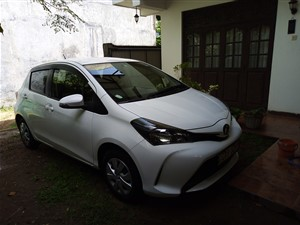 toyota-vitz-2015-cars-for-sale-in-colombo