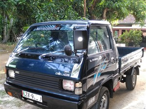 mitsubishi-l300-1984-trucks-for-sale-in-kurunegala