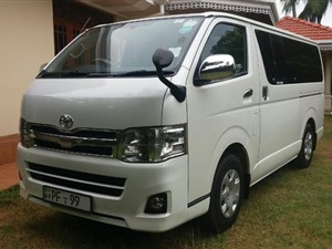 toyota-kdh-201-super-gl-2011-vans-for-sale-in-puttalam