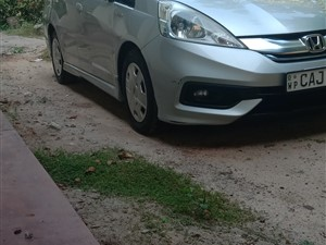 honda-hond-fit-shuttle-2014-cars-for-sale-in-gampaha