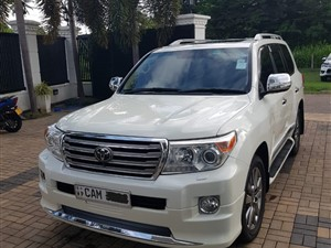 toyota-land-cruiser-v8-2015-jeeps-for-sale-in-gampaha