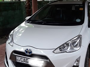 toyota-aqua-x-urban-2015-cars-for-sale-in-puttalam