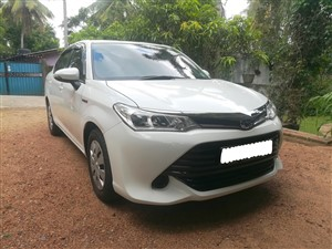 toyota-axio-hybrid-2015-cars-for-sale-in-kalutara