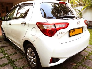 toyota--vitz-6-speakers-edition-2-2018-2018-cars-for-sale-in-colombo