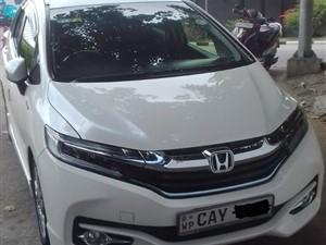 honda-shuttle-2018-cars-for-sale-in-colombo