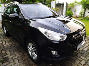 hyundai-tucson-2012-jeeps-for-sale-in-colombo