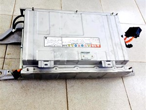 toyota-aqua-/-axio-hybrid-battery-2015-spare-parts-for-sale-in-puttalam