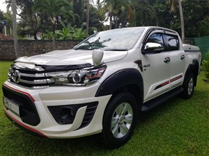 toyota-hilux-revolution-2016-jeeps-for-sale-in-gampaha