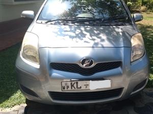 toyota-vitz-2009-cars-for-sale-in-kalutara