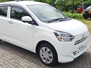 daihatsu-mira-eis-sa3-led-pearlwhite-fullyloaded-2018-cars-for-sale-in-colombo