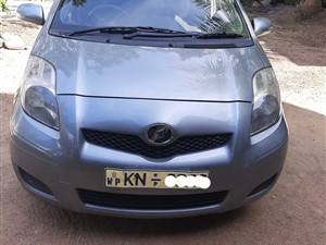toyota-vitz-2008-cars-for-sale-in-colombo