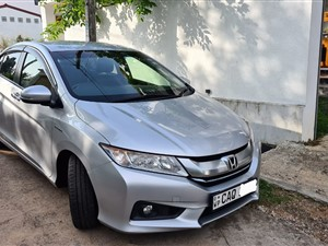 honda-grace-2015-cars-for-sale-in-colombo