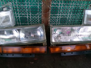 mitsubishi-fuso-canter-front-light-set-2010-spare-parts-for-sale-in-trincomalee