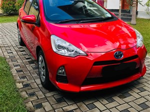 toyota-aqua-2015-registered-2014-cars-for-sale-in-colombo