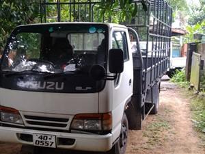 isuzu-elf-250-1987-trucks-for-sale-in-kalutara