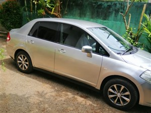 nissan-tiida-latio-2004-cars-for-sale-in-colombo