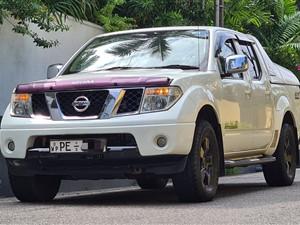 nissan-nawara-2010-pickups-for-sale-in-colombo