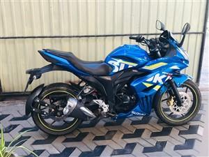 suzuki-gixxer-sf-155cc-motogp-edition-2016-motorbikes-for-sale-in-gampaha