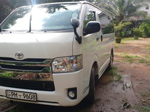 toyota-kdh-2016-vans-for-sale-in-galle