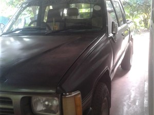 toyota-hilux-1987-pickups-for-sale-in-colombo