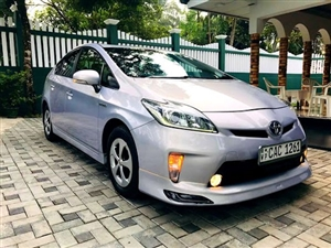 toyota-prius-2012-cars-for-sale-in-colombo