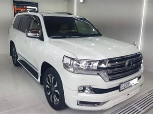 toyota-land-cruiser-sahara-2016-jeeps-for-sale-in-colombo