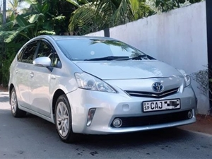 toyota-prius-2012-jeeps-for-sale-in-matara