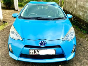 toyota-aqua-s-grade-2012-cars-for-sale-in-colombo