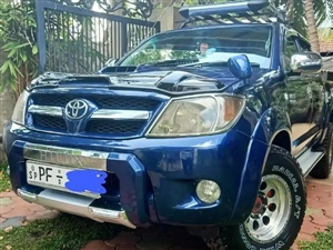 toyota-hilux-2007-jeeps-for-sale-in-puttalam