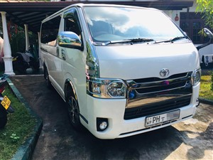 toyota-kdh-(201)-2016-vans-for-sale-in-colombo