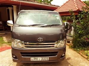 toyota-kdh-201-2012-vans-for-sale-in-ratnapura