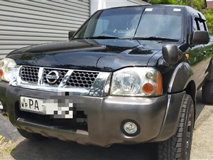 nissan-d22-4x4-made-in-japan-2006-pickups-for-sale-in-kalutara